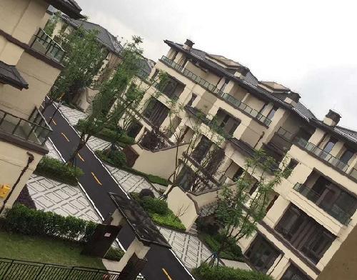 重庆棕榈泉铝合金门窗安装